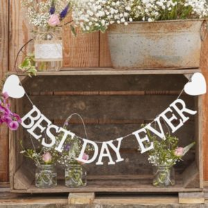"""Best Day Ever"" Wooden Bunting (1,5m)"