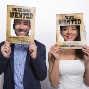 """Husband & Wife Wanted"" Wedding Photo props (2pcs)"